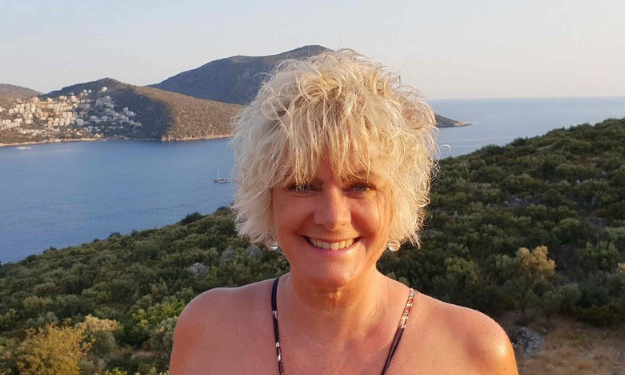 Novelist and poet Claire Dyer – as featured in our Author Interviews Claire Dyer blog piece